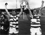 1985 Cup final Provan and McGarvey celebrate