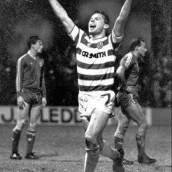 Brian McClair celebrates v Aberdeen