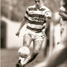 Paul McStay stroking the ball
