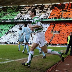 Roy Keane tricolour display