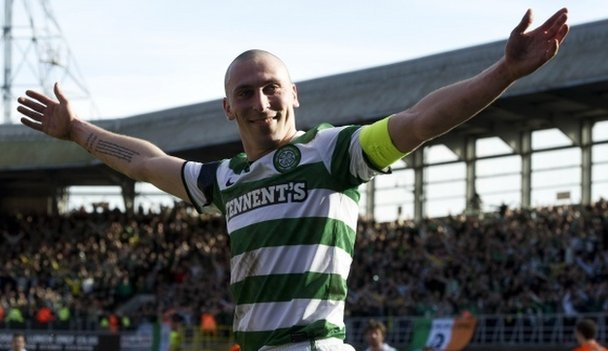 Scott Brown does the Broony at Tannadice