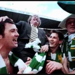 Wim 1998 celebrating with players
