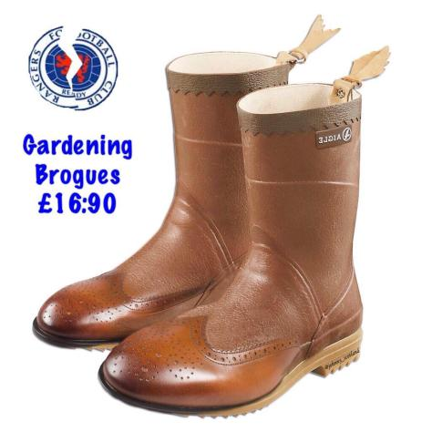 Gardening brogues