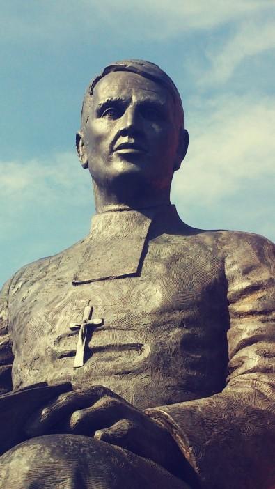 Walfrid statue head and torso